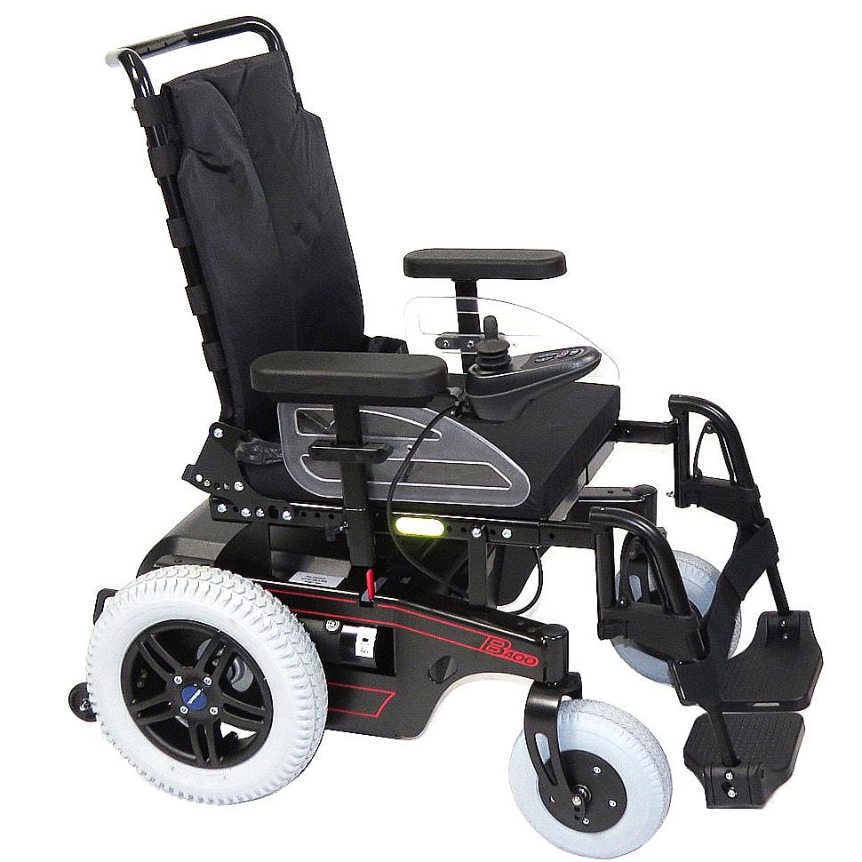 modelo de cadeira de rodas elétrica